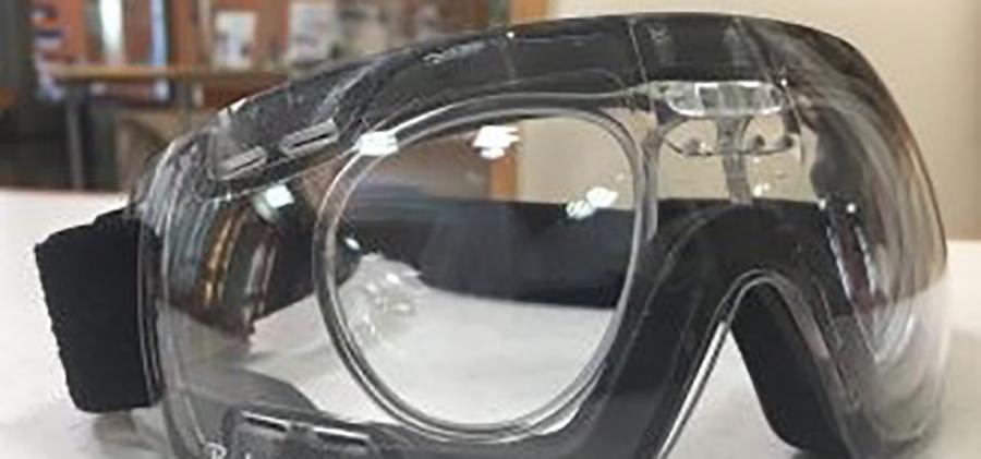 ラグビー時のインナータイプのメガネを制作いたしました。