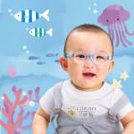 赤ちゃん用メガネ、生まれて間もないお顔の小さい治療用メガネとして。