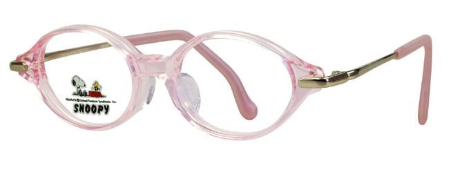 治療用眼鏡に適したこの枠は、子供さんのお鼻に添った形状になっています。