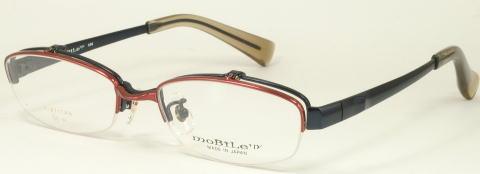 ワンブリッジのナイロールタイプのハネアゲメガネ。カジュアルなスタイルです。