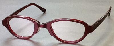 強度近視眼鏡のレンズのウズを目立たなくシタフレーム。