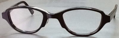 強度近視メガネを軽く仕上げたふれーむ。