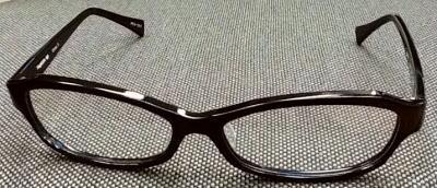 お顔の大きい方の眼鏡フレームのご紹介。