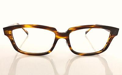 顔の大きい方が似合う眼鏡ふれーむ。