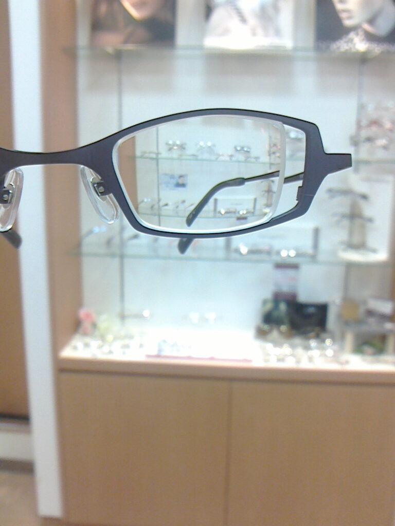 強度近視眼鏡の見え方