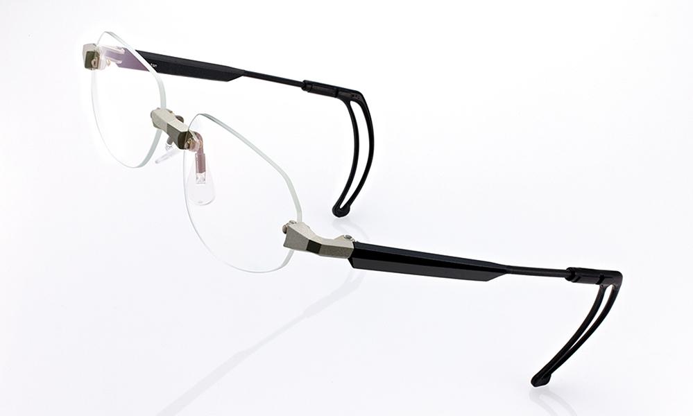 田久どきの動きに強い眼鏡のご提案。