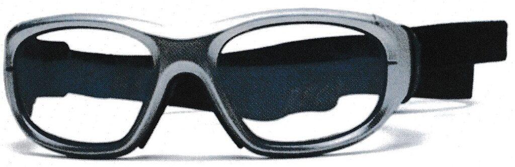 スポーツ時の保護メガネ