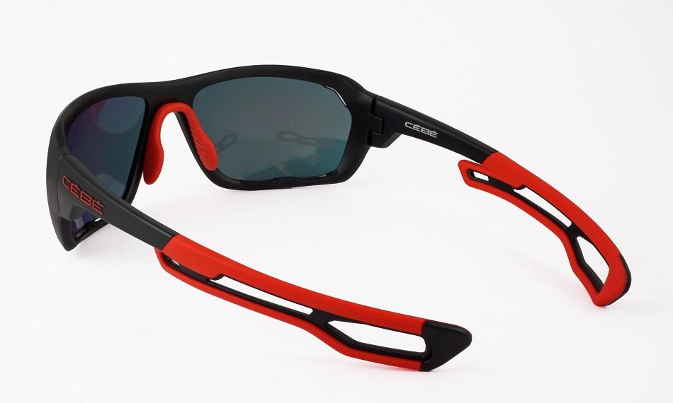 アウトドアマンの大切な眼の事を考え設計されたサングラス