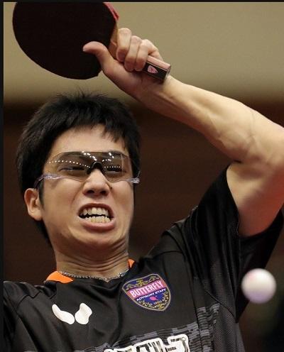卓球どきのサングラス装用