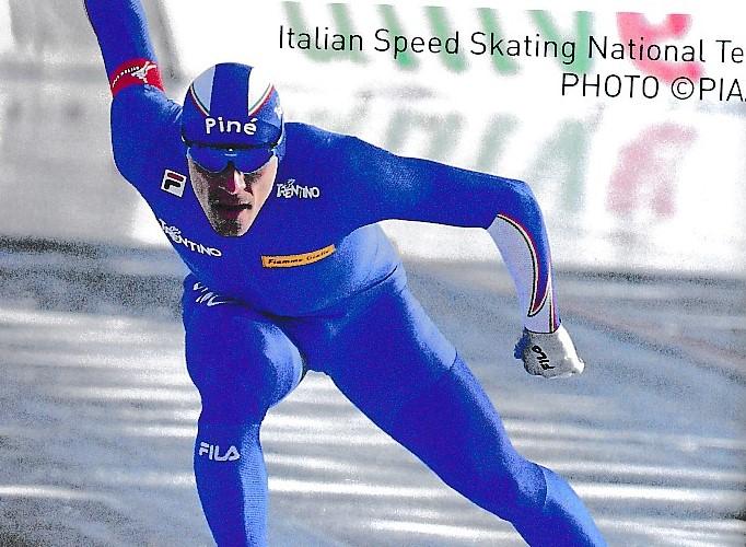 アイススケート競技スピードスケートどきのスポーツサングラス