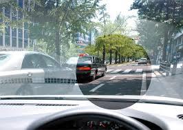 運転時に疲れにくい偏光レンズTRUEVIEW