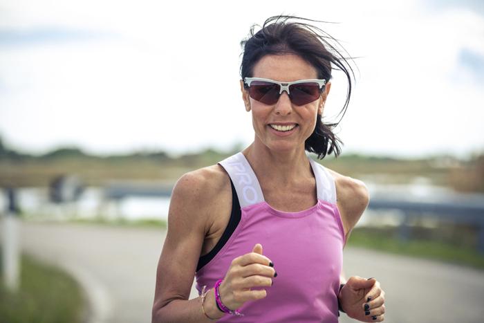 マラソンどきの疲れを最小限にするスポーツサングラス