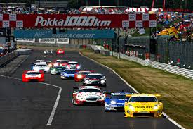 モータースポーツは動体視力が重要