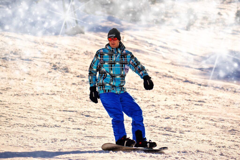 スノーボードどきの快適なスポーツサングラス