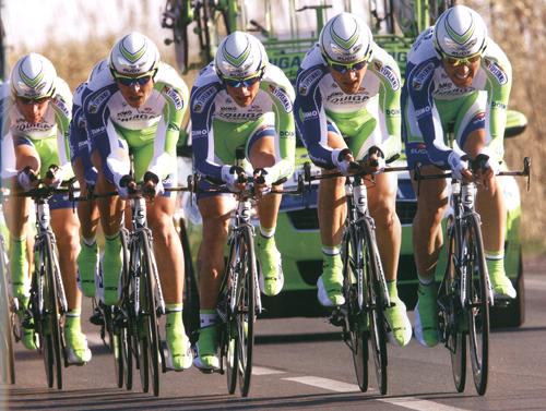 自転車どきのスポーツサングラス