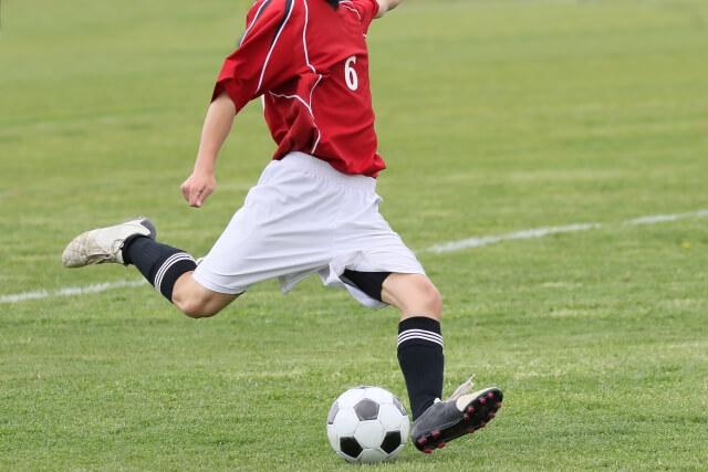 サッカーどきにおける深視力の重要性