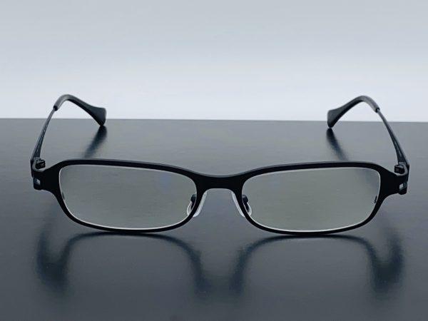 チタン素材で軽く錆びないキングサイズメガネ