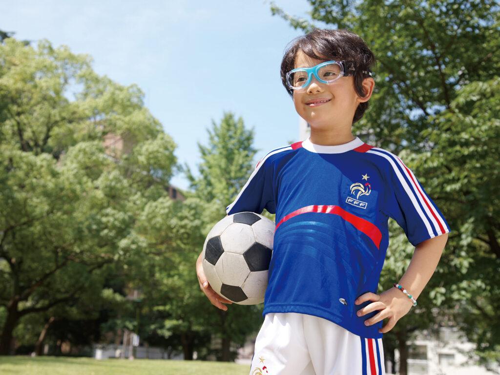 眼球運動はサッカーのパフォーマンスに影響を及ぼす