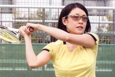 テニスどきのサングラスによって競技のパフォーマンスに影響があります