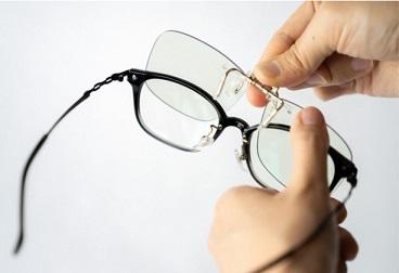 ご持参眼鏡に夜間快適グラス