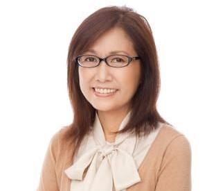 遠近両用メガネをおしゃれに深田恭子