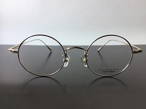 福井県は鯖江市の眼鏡職人によって作られた丸メガネ枠